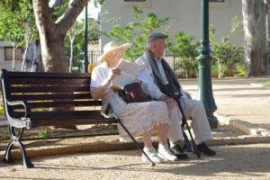"""RPO: """"Czerwcowi"""" emeryci nie powinni dostawać niższych świadczeń"""